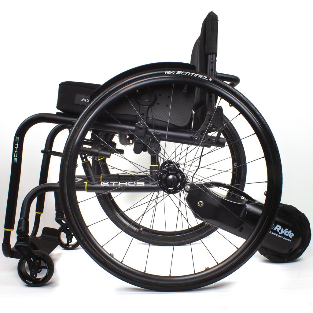 i_Ryde montiert am Rollstuhl